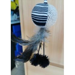 Canne a pêche balles, pompons et plumes